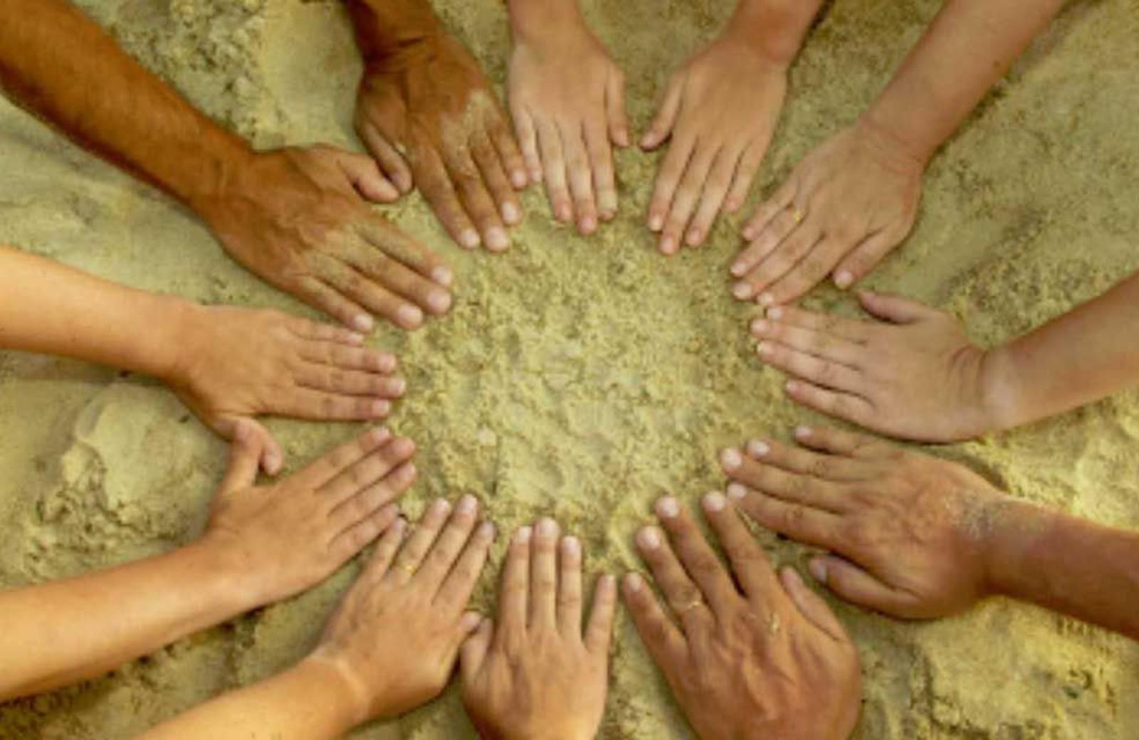 Klantcase Stichting Inspiratie Inc handen en zand